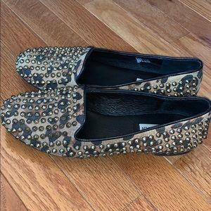 Steve Madden Shoes - Steve Madden leopard studded flats